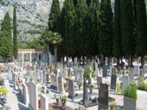 cimitero_10703