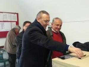 salvatore grillo al voto delle primarie