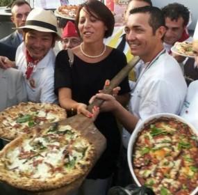 il Ministro De Girolamo al Napoli Pizza Village