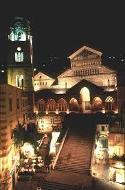 cattedrale amalfi di notte